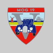 Mog19 pin badges